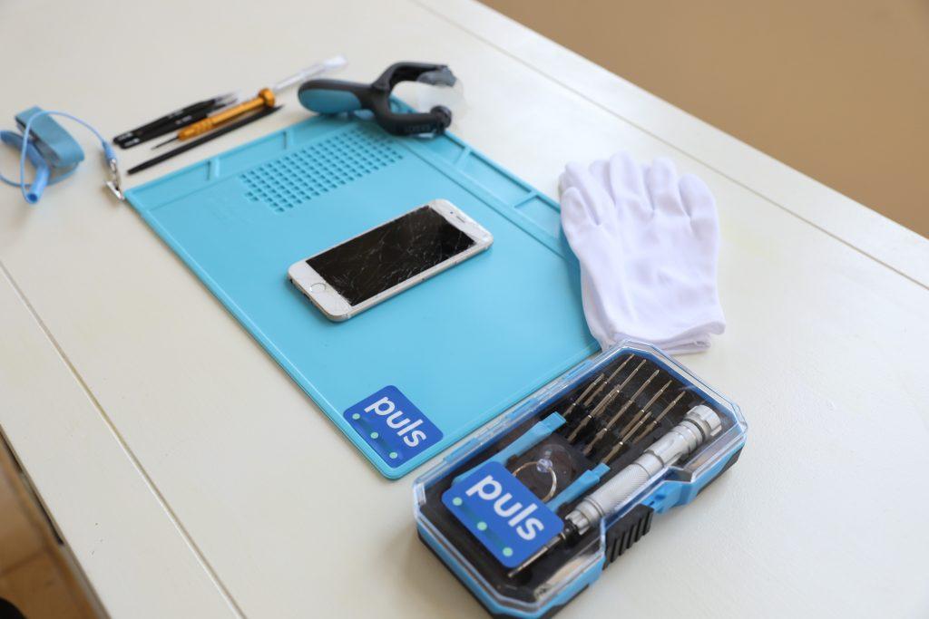 Puls phone repair station