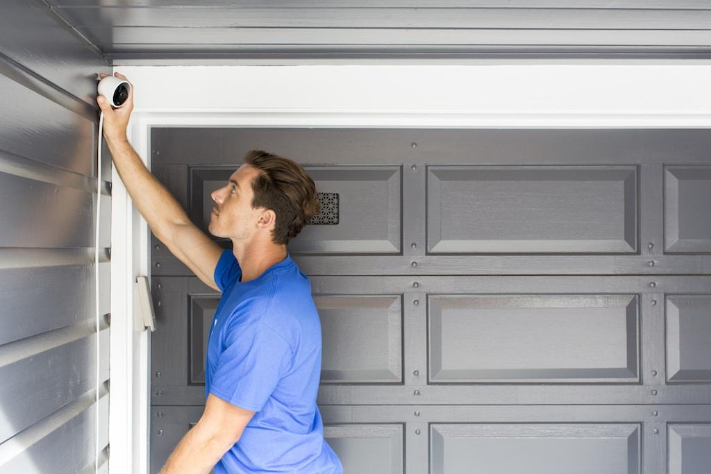 Puls home security: garage