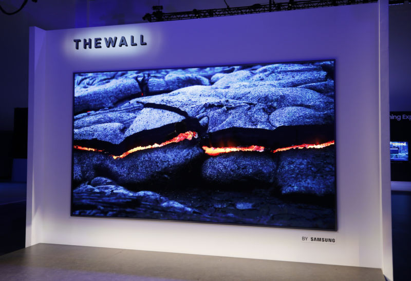 The-Wall-Samsung-MicroLED-TV
