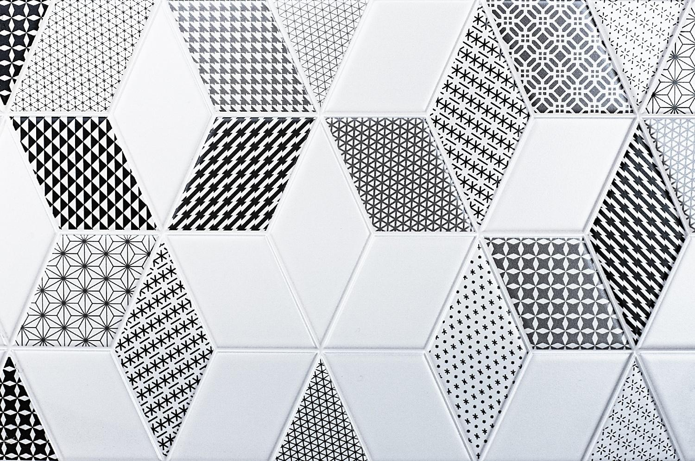 vivid tile patterns for bathroom