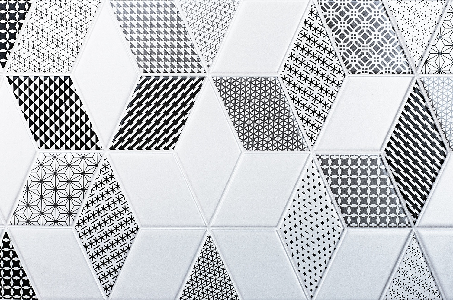 vivid tile patterns for bathroom