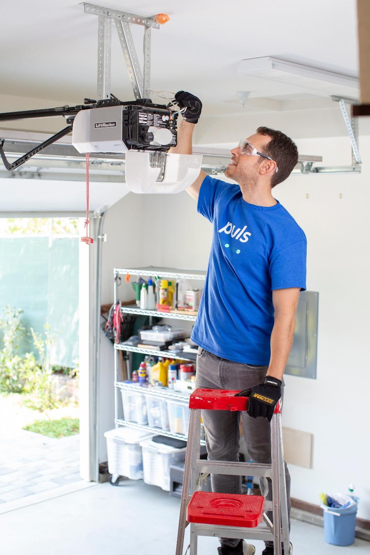 Puls installing garage door opener