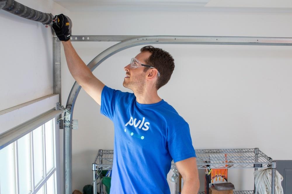 garage door maintenance Puls