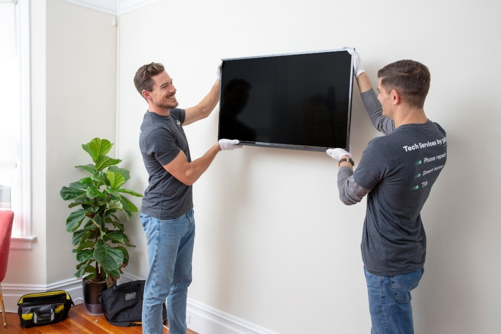 Puls TV mounting professionals