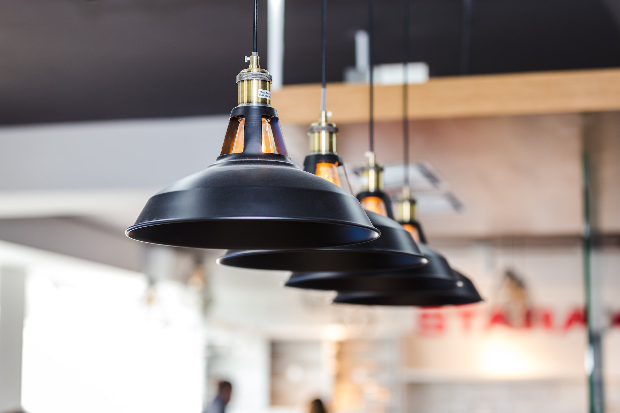 How much it costs to install pendant lighting.