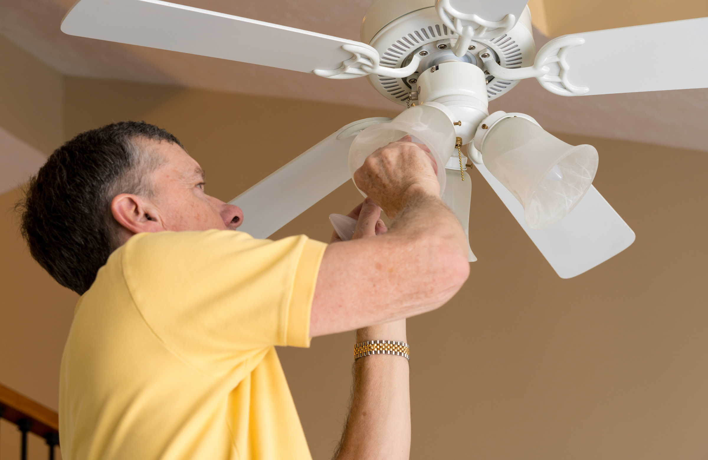 How to install a ceiling fan step by step.