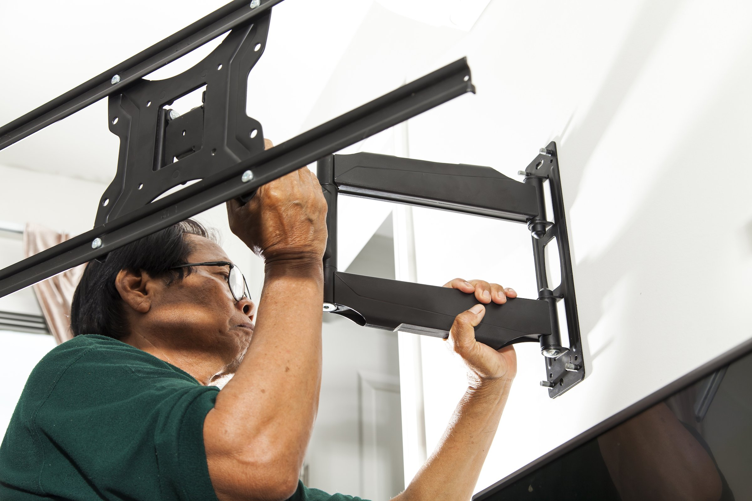 Call in a professional to help you install your single stud TV mount.