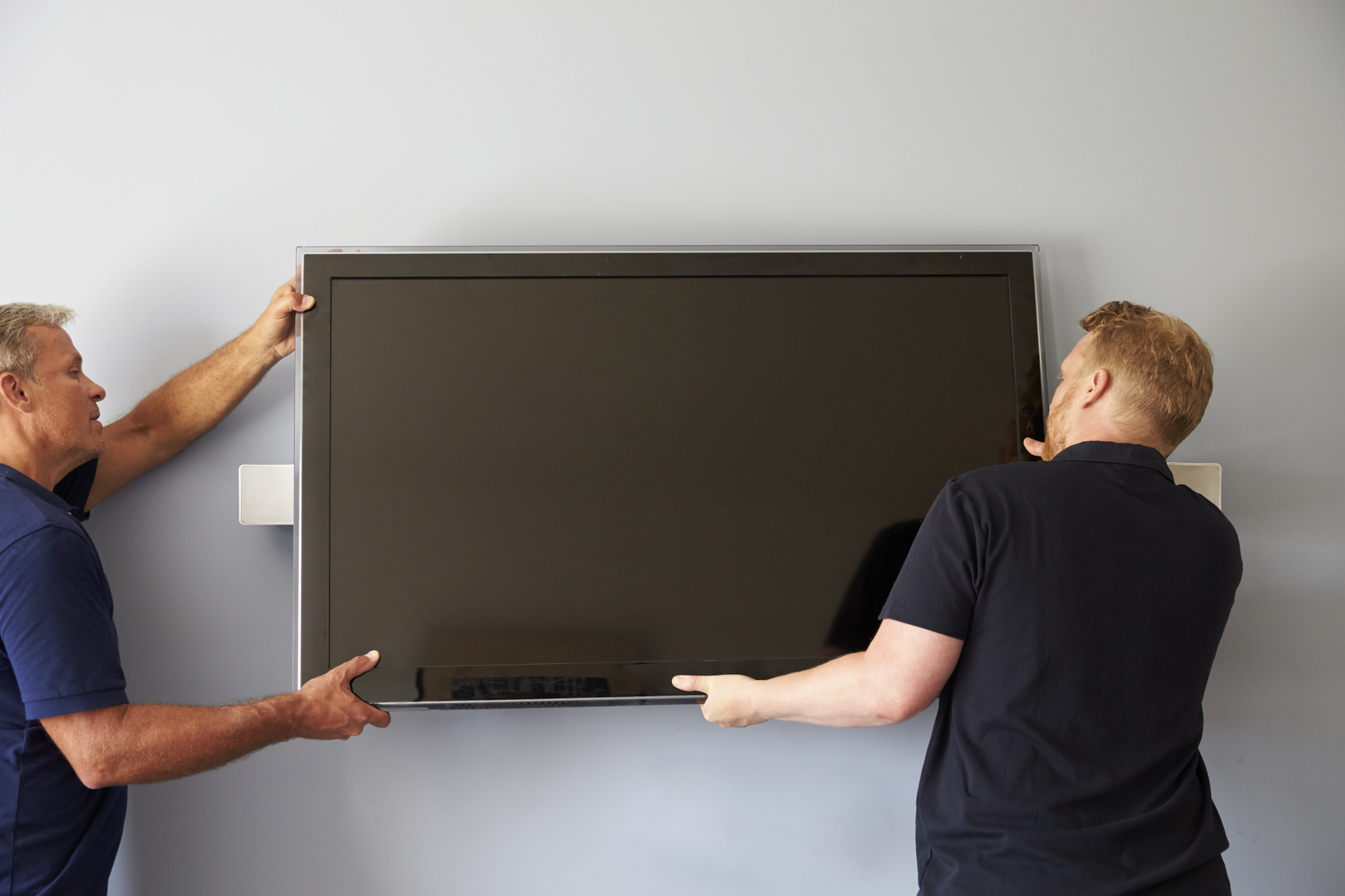 Same day TV mounting options: get it installed by a mom and pop shop.