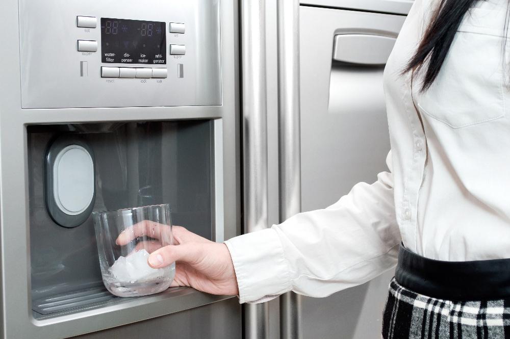 refrigerator water not dispensing