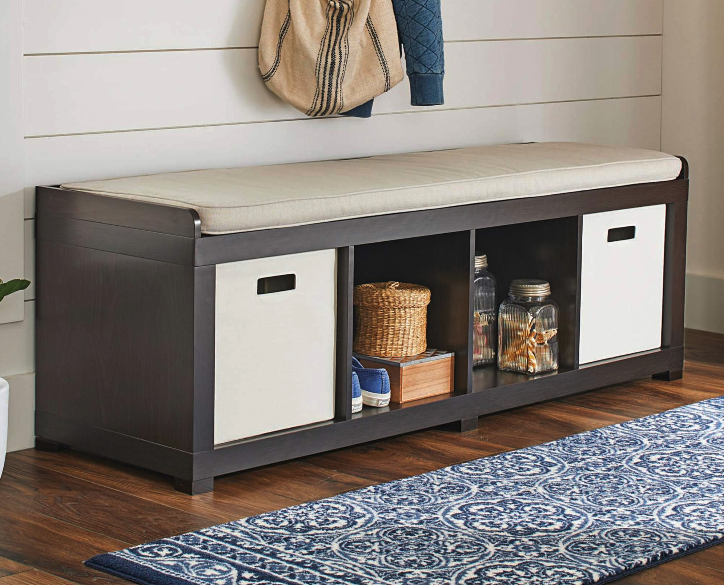 How To Choose The Best Entryway Bench For Your Home